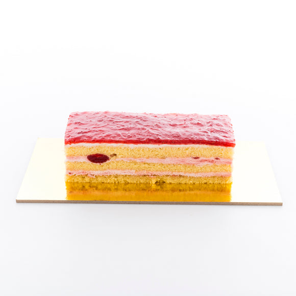 Strawberry Bar Cake (16cm by 7cm)