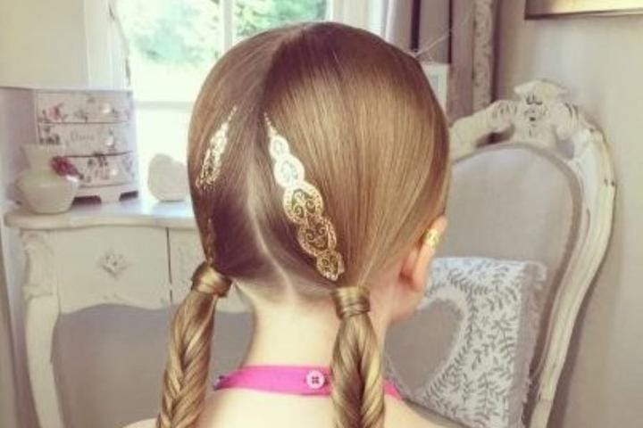 The Cutest Hair Accessories to Wear This Summer