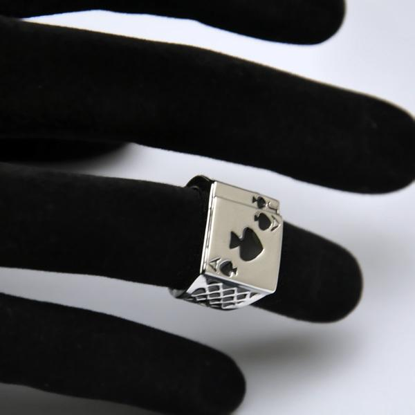 Ajojewel Classic Cool Men's Jewelry Chunky Black Enamel Spades Poker Ring Men Gold-color 2