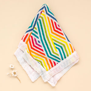 Geometric Super Soft Muslin Comforter - Pattie & Co.
