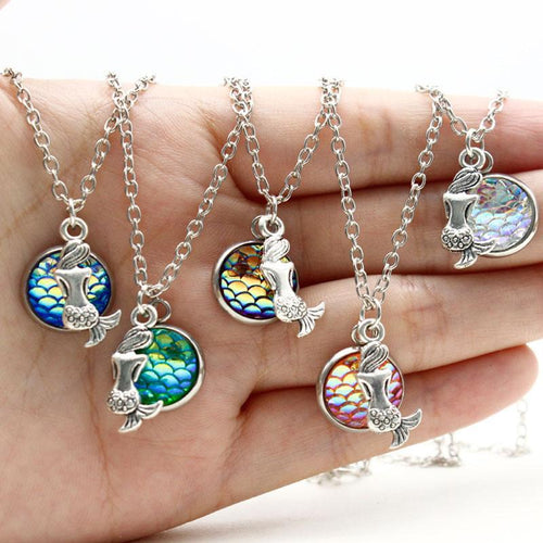 Sitting Holographic Mermaid Necklace