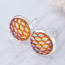 Load image into Gallery viewer, Round Mermaid Fish Scale Pattern Earrings