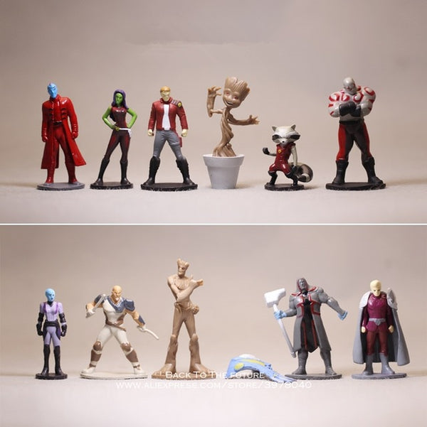 12 Figurines Marvel Avengers
