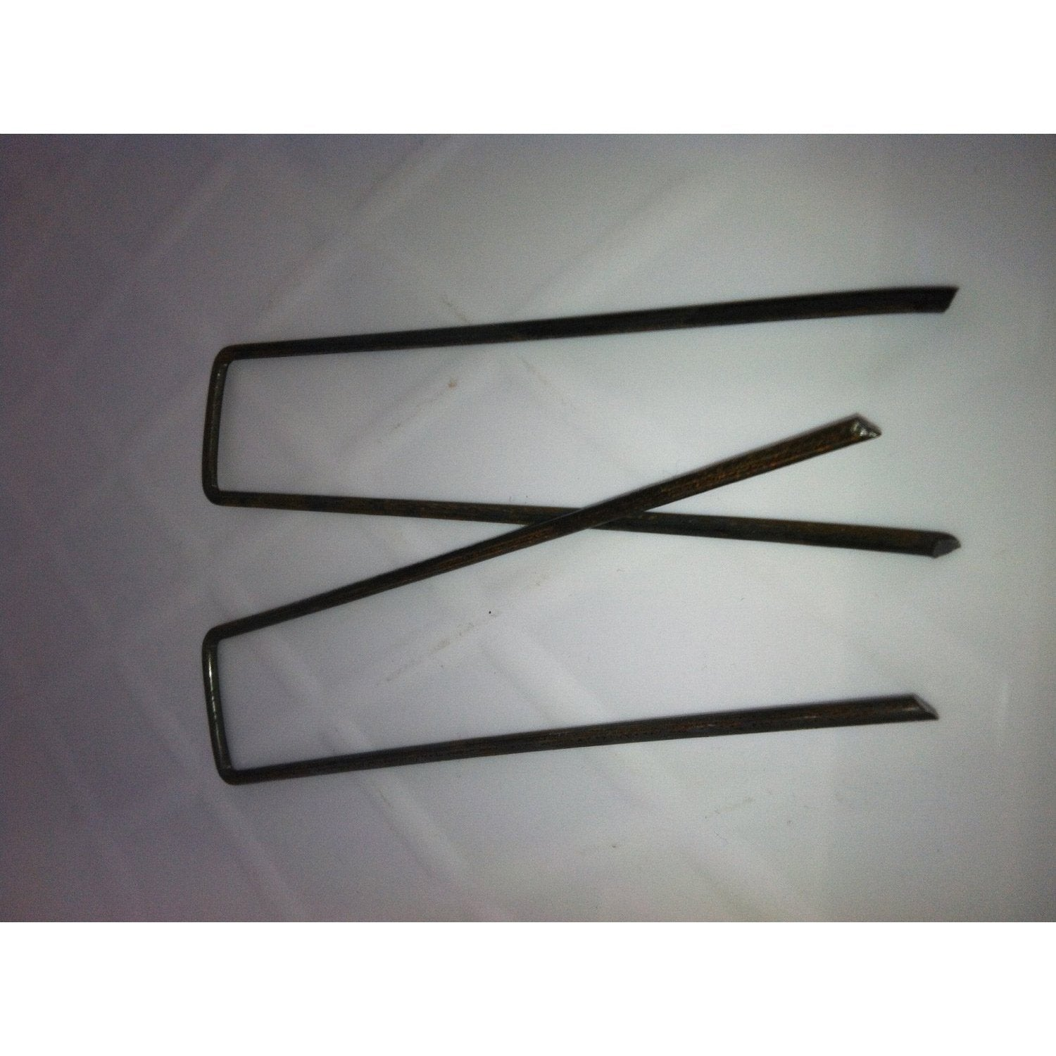 500 Pack of Anchor Staples Fabric Pins for Landscape Fabric