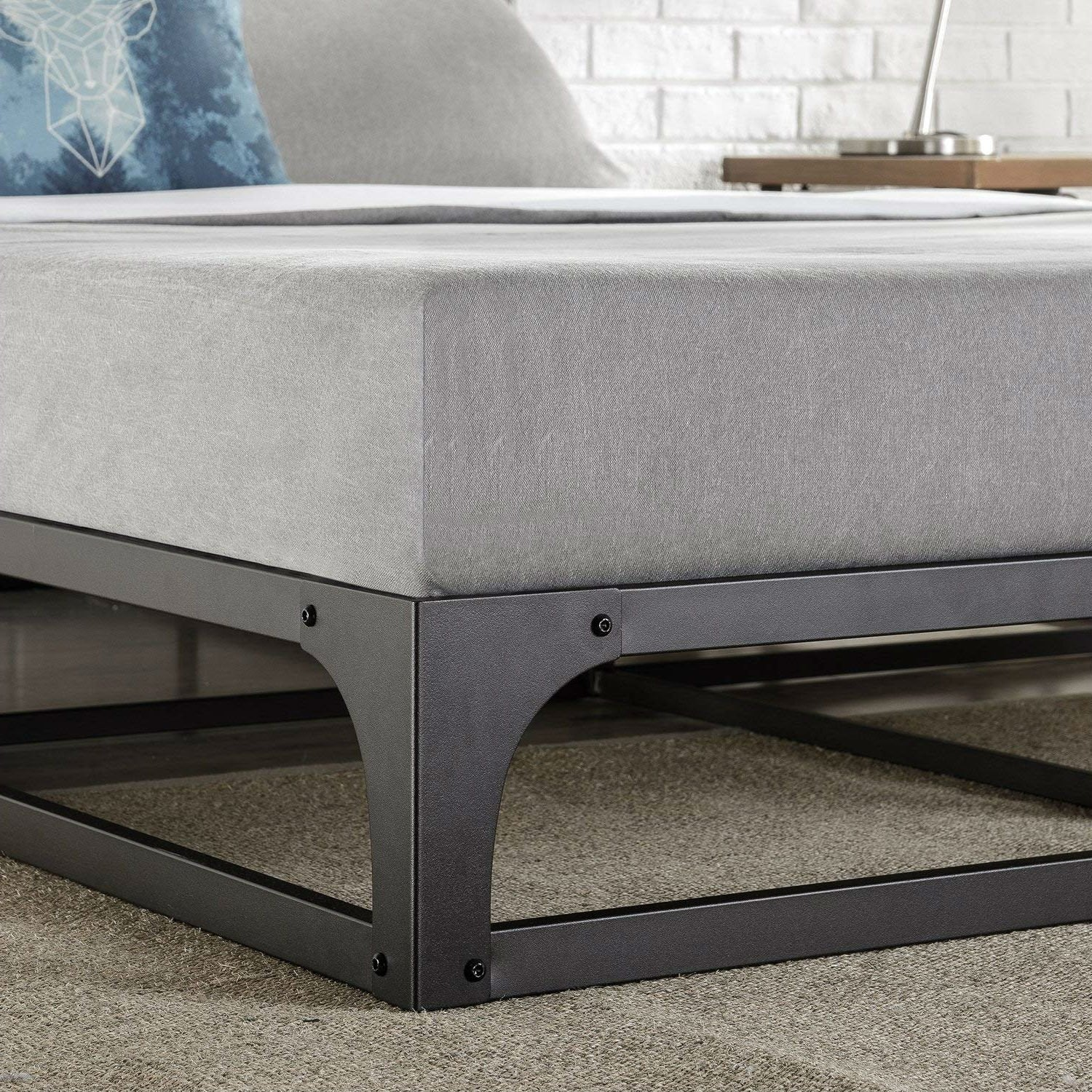 Full size Modern Low Profile Heavy Duty Metal Platform Bed Frame