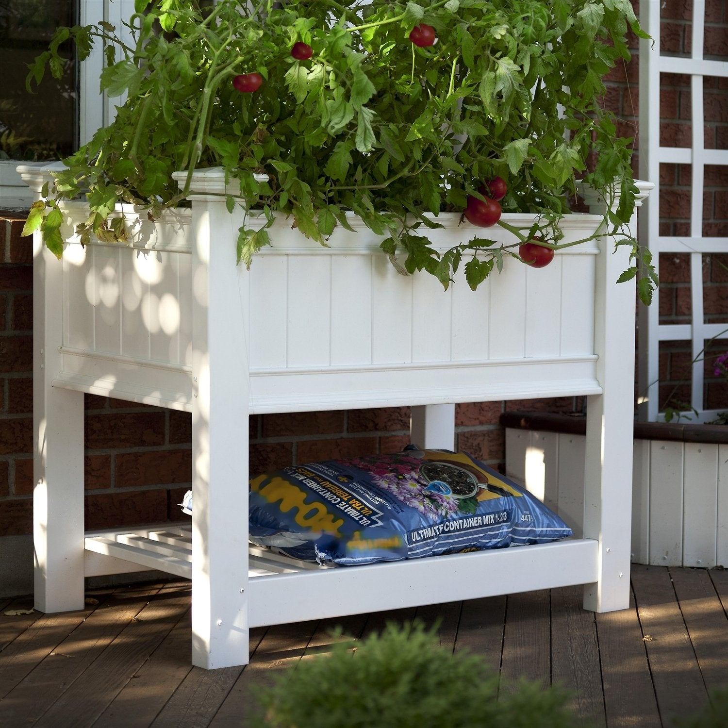 Elevated Planter Raised Grow Bed in White Vinyl