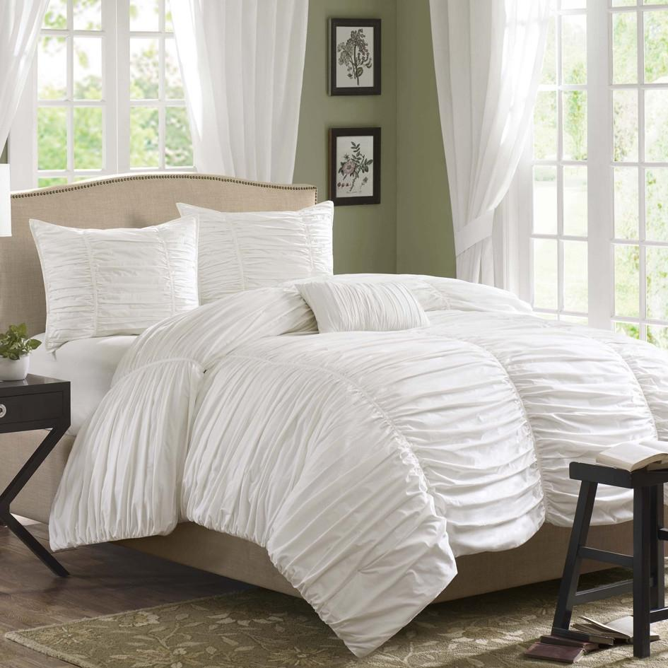 King size 4 Piece Comforter Set in White Cotton & Micro-suede