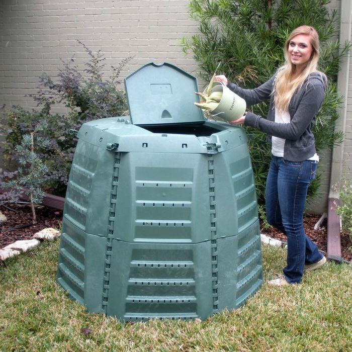 Green Recycled Plastic 267 Gallon Compost Bin for Home Composting