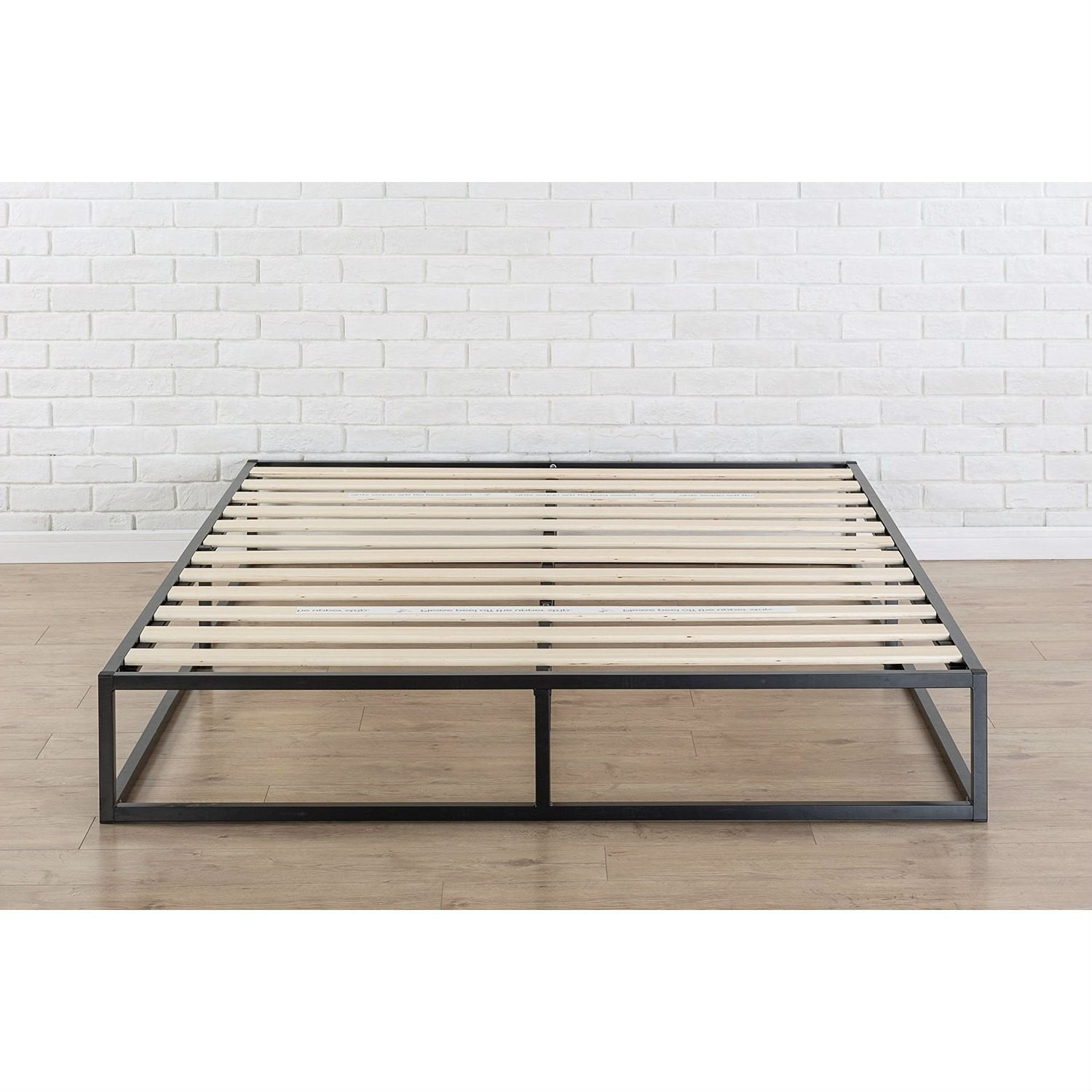 King size Modern 10-inch Low Profile Metal Platform Bed Frame with Wood Slats