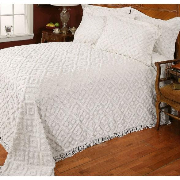 Twin size 100% Cotton Bedspread with White Diamond Pattern and Fringed Edges