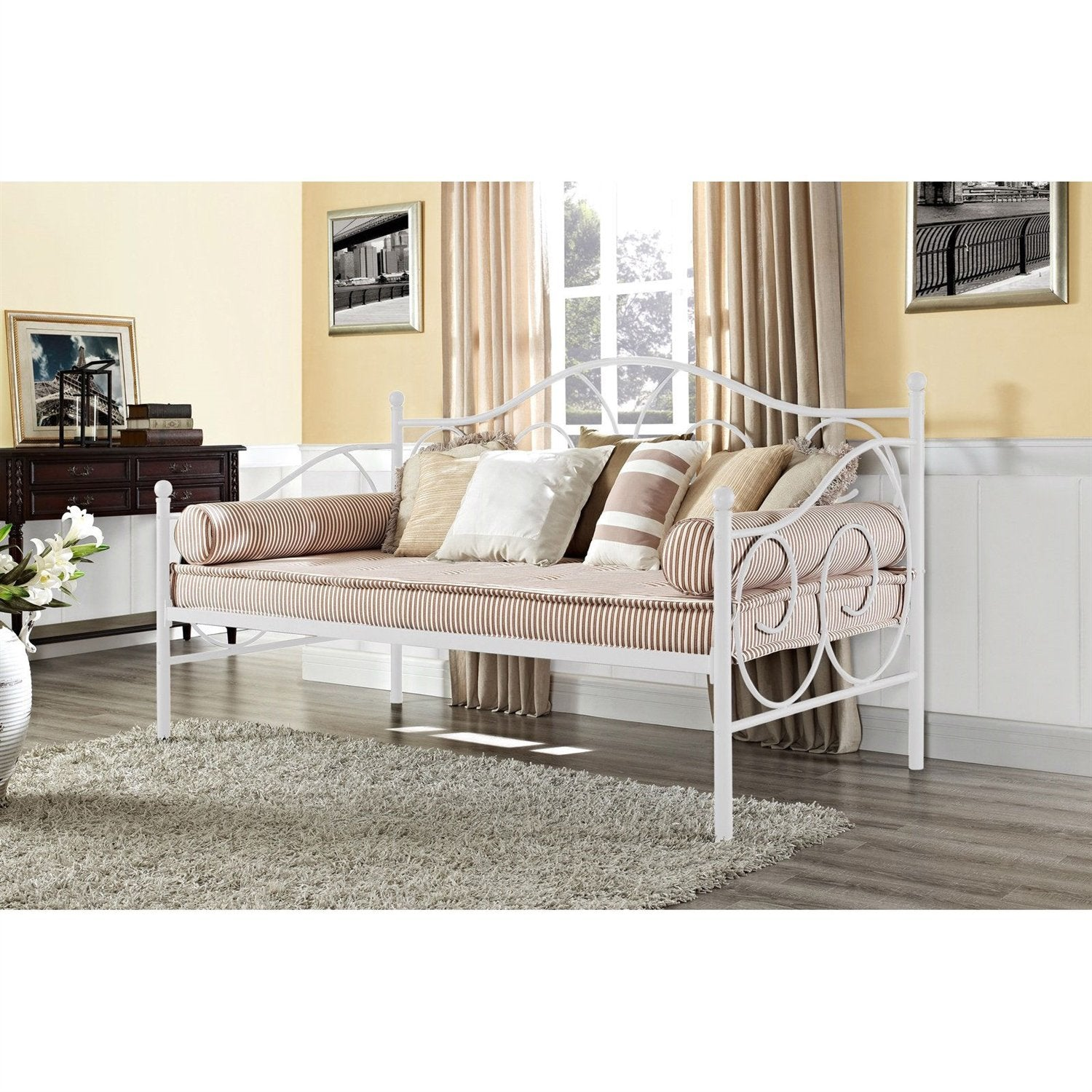 Twin size White Metal Daybed with Scrolling Final Detailing Heavy Duty