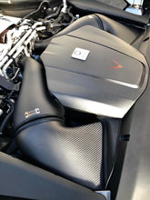Load image into Gallery viewer, Eventuri Mercedes AMG GT Carbon Intake + Engine Cover