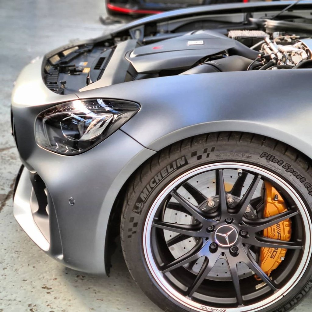 Eventuri Mercedes AMG GT Carbon Intake + Engine Cover