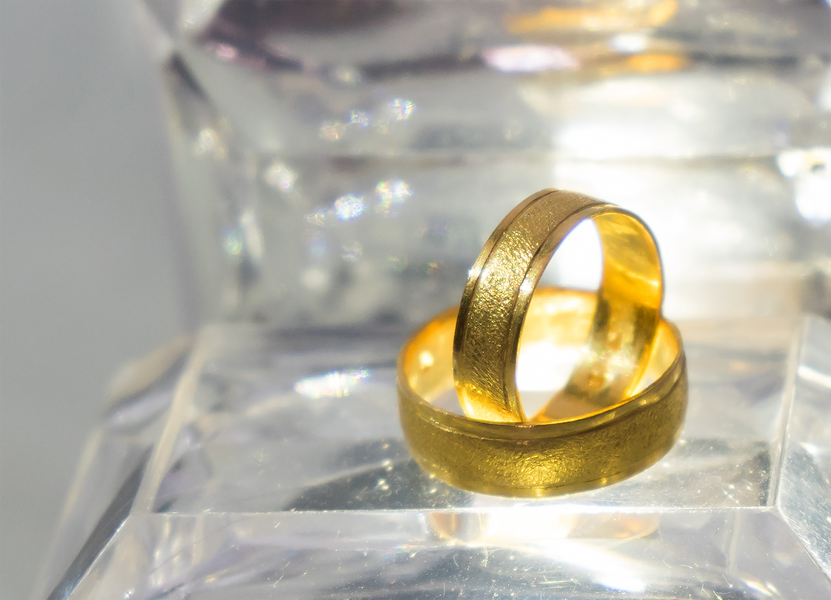 What Material Should You Choose For Your Wedding Band