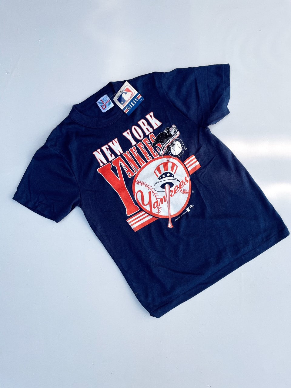 Vintage New York Yankees NWT T-shirt Size Youth 14-16 Years