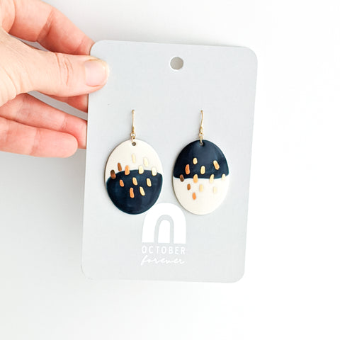 Oval Field Dangles in Everblue