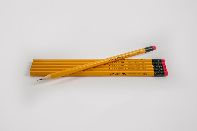 Set of 6 wooden pencils