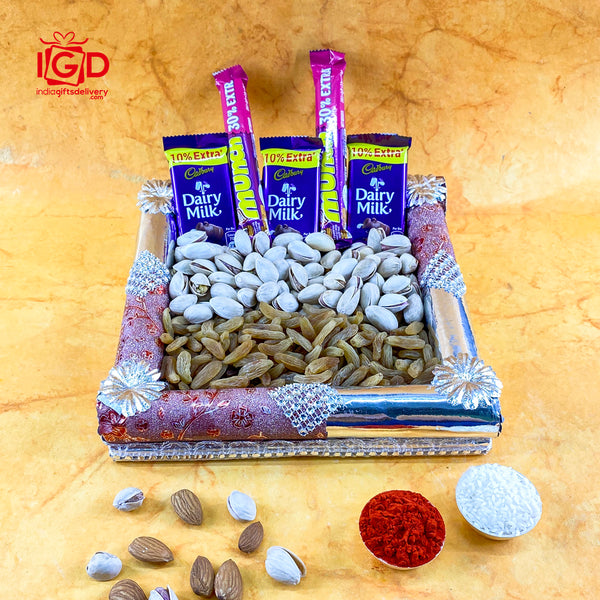 Chocolates & Dry Fruits In Square Tray
