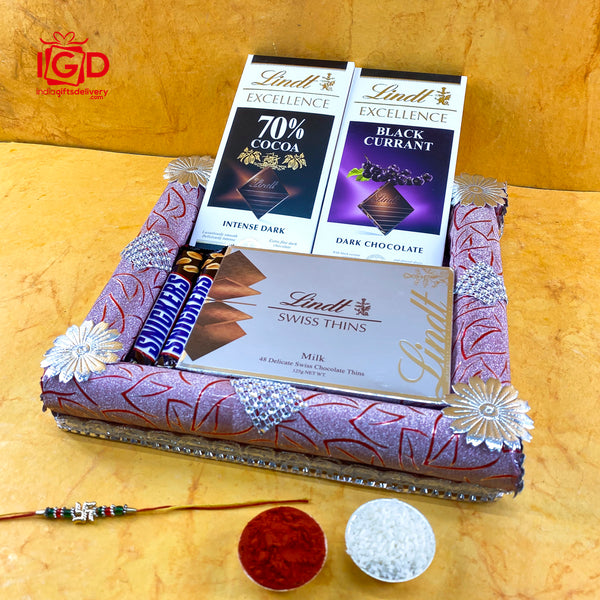 Lindt Chocolates Hamper In Square Tray