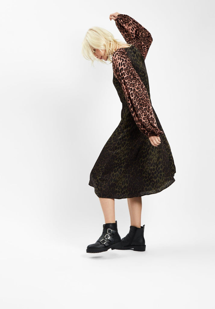 Traffic People Jungle Mixup Midi Dress in Green Leopard Print Side View Image