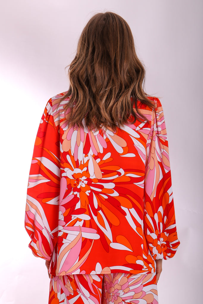 Traffic People V-neck Long Sleeve Mollie Top in Red Floral Print Back View Image