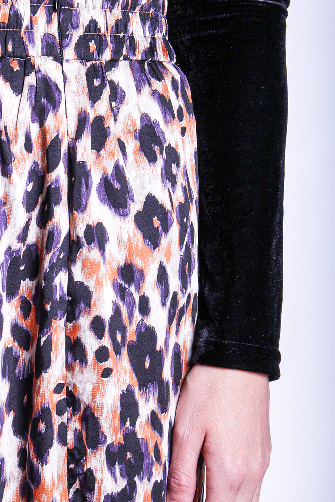 Traffic People Blonde Ambition Animal Print Pencil Skirt Close Up Image