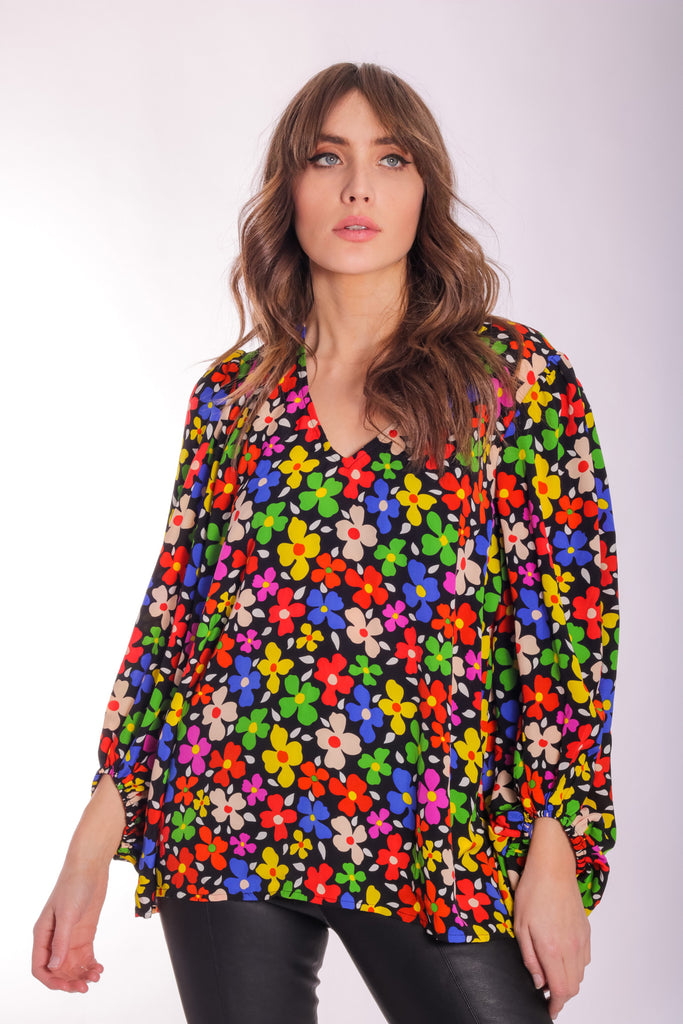 Traffic People Floral V-Neck Mollie Blouse in Black Side View Image