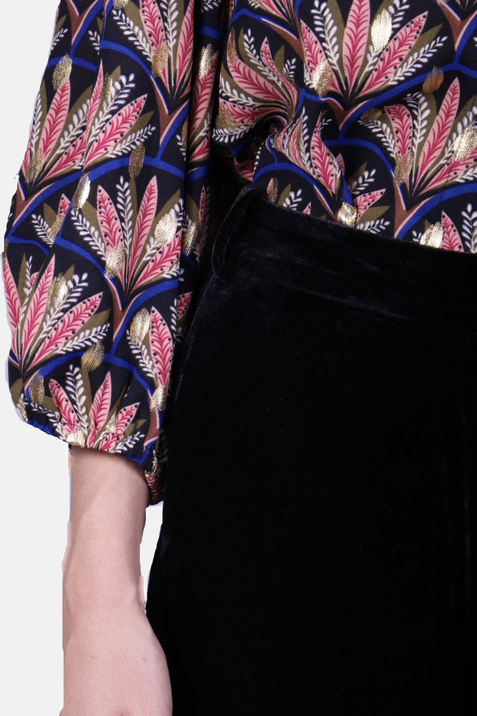 Traffic People Tabatha Long Sleeve Print Blouse in Black Close Up Image
