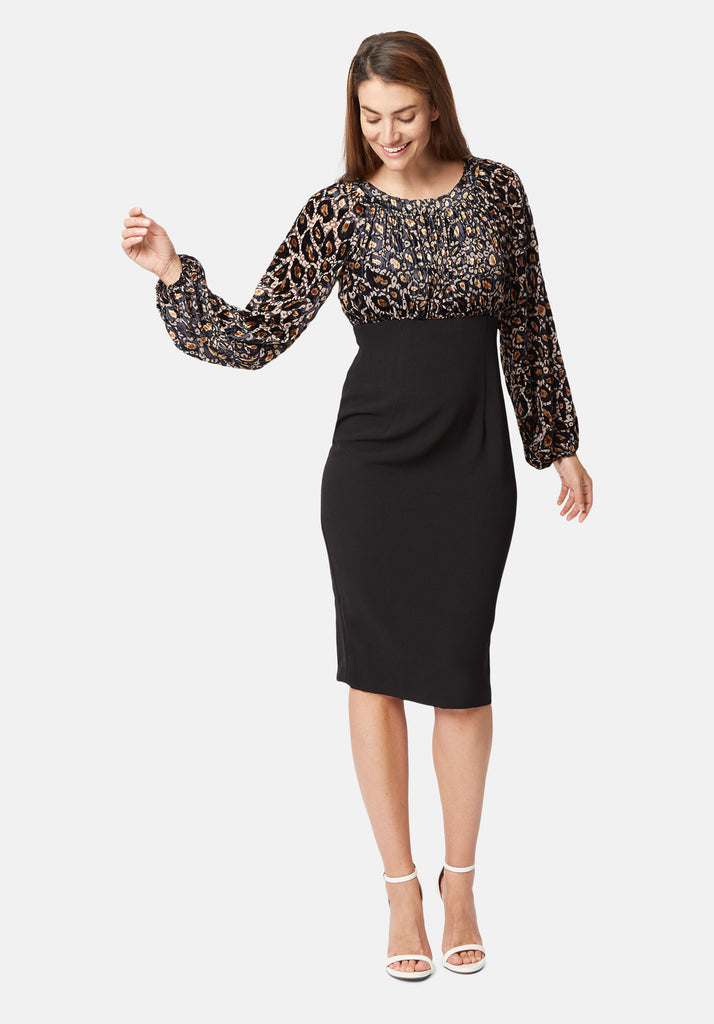 Traffic People Wiggle Dress Front View Image