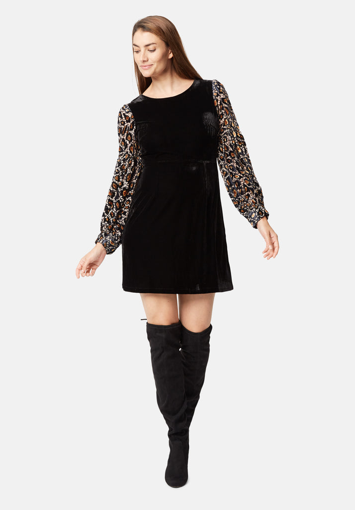 Traffic People Colby Mini Shift Dress in Black and Gold Side View Image