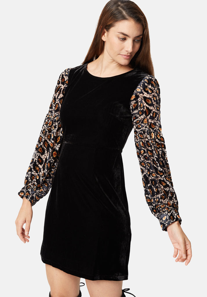 Traffic People Colby Mini Shift Dress in Black and Gold Front View Image
