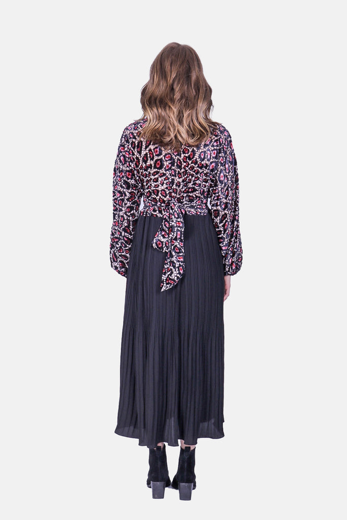 Traffic People Caution Long Sleeve Midi Dress in Pink Leopard Print Close Up Image
