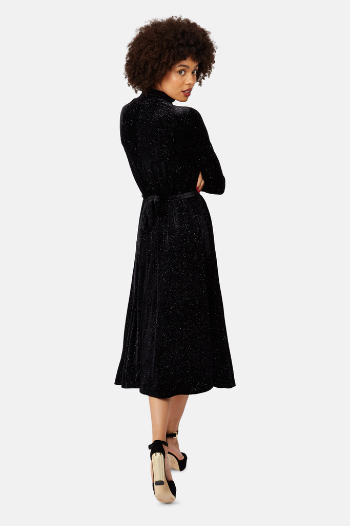 Traffic People Broken Strings Long Sleeve Midi Dress in Black Velvet Close Up Image