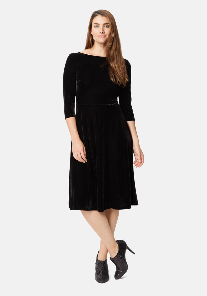 Traffic People Velvet Pensive Midi Dress in Black Front View Image
