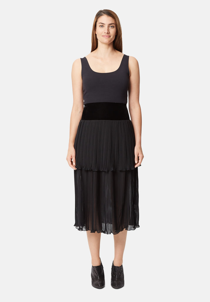 Traffic People Pleated Tiered Midi Skirt in Black Side View Image