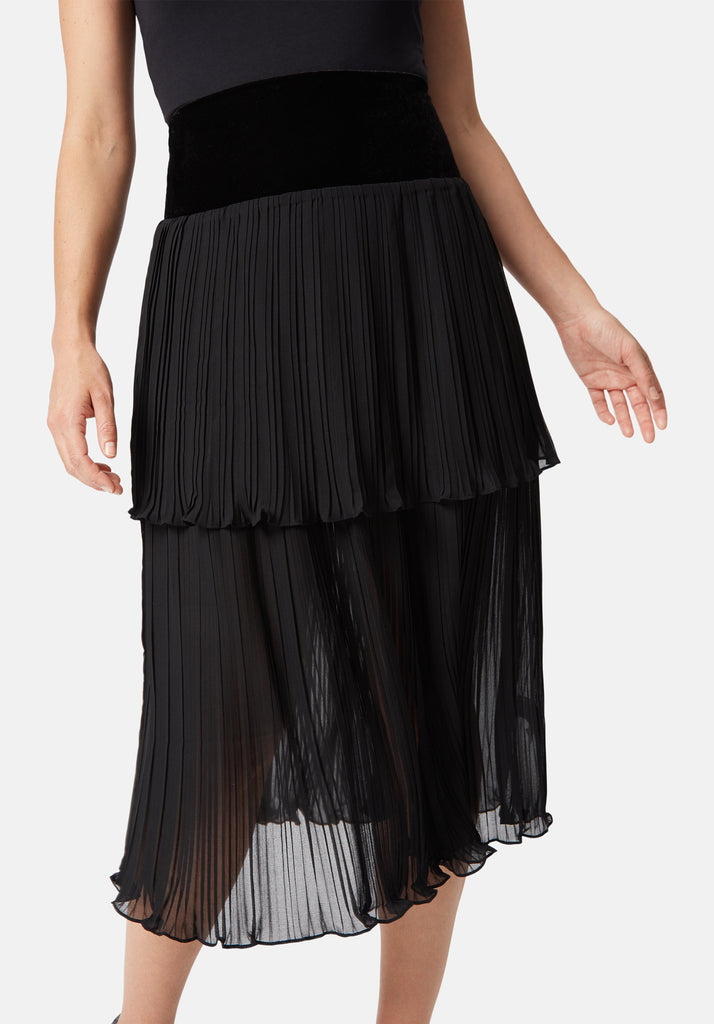 Traffic People Pleated Tiered Midi Skirt in Black Close Up Image