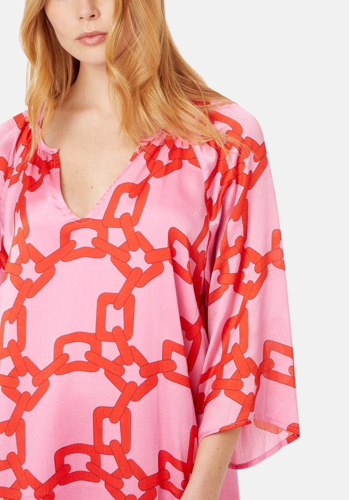 Traffic People Moments V-neck Shift Dress in Red and Pink Chain Print FlatShot Image