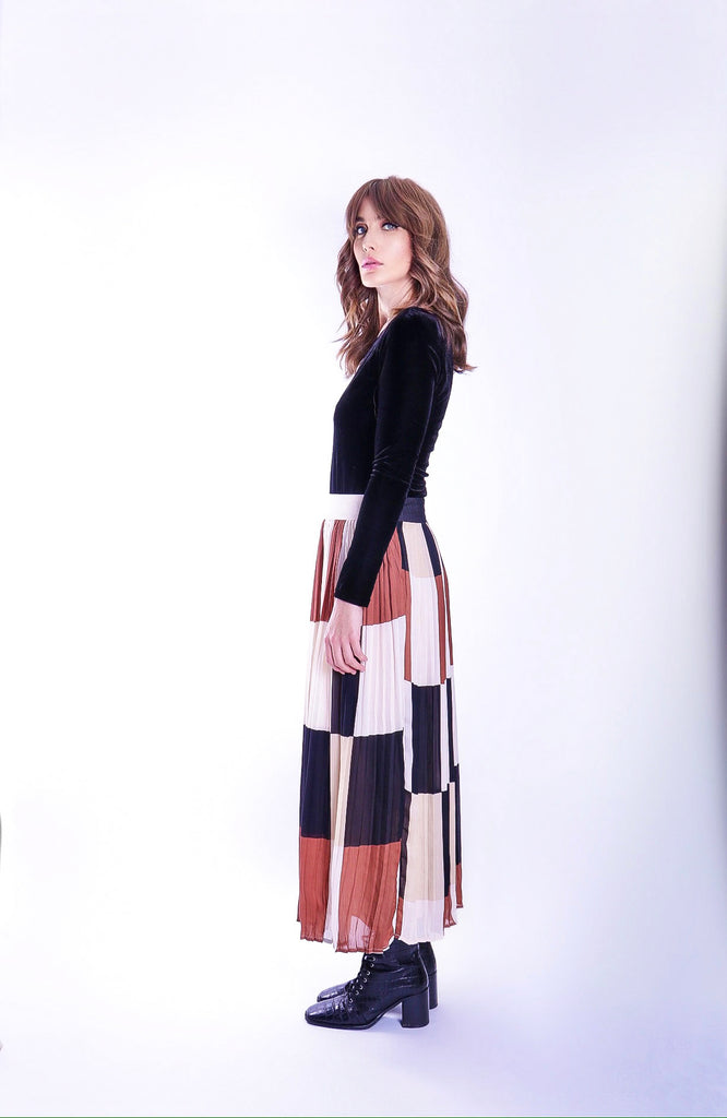 Traffic People Pleated Check Falls Midi Skirt in Brown/Cream Back View Image