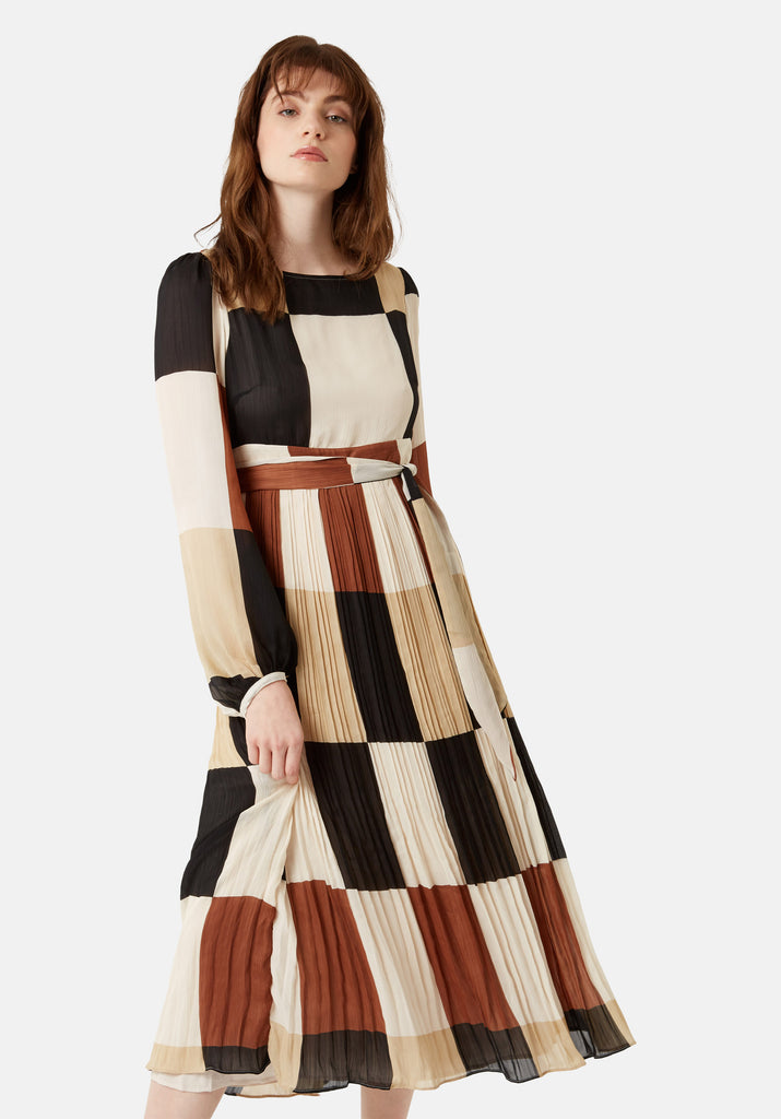 Traffic People Fathom Pleated Midi Dress in Brown/ Cream Check Back View Image