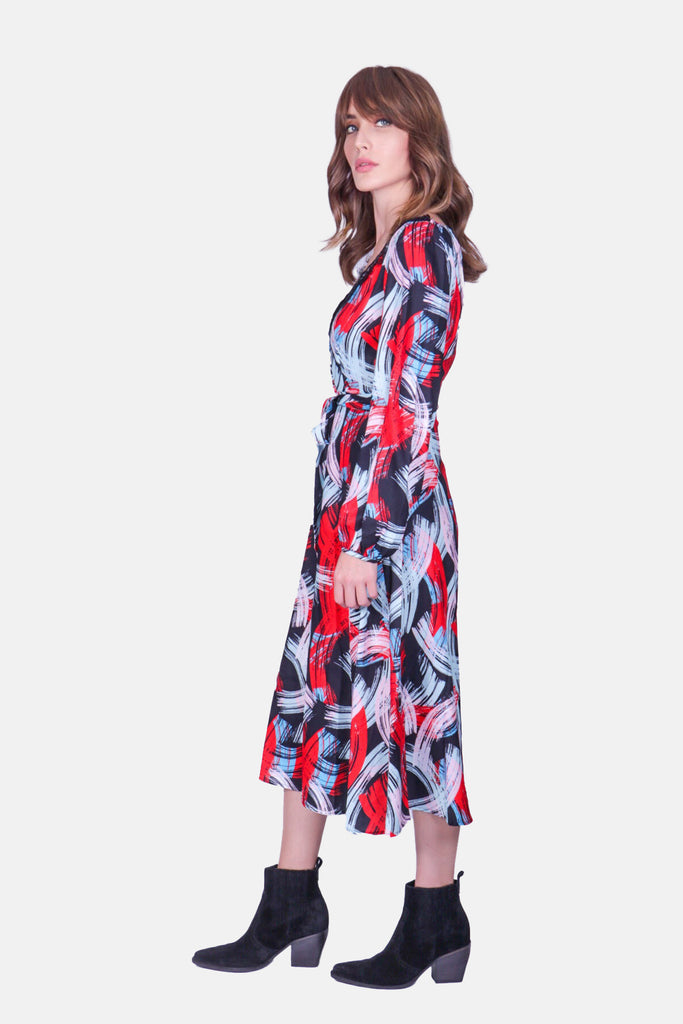 Traffic People Angela Graphic Print V-Neck Midi Dress in Black and Red Side View Image