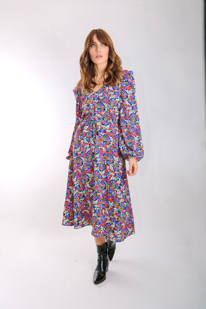 V-neck Long Sleeve Carrie Dress in Floral Print