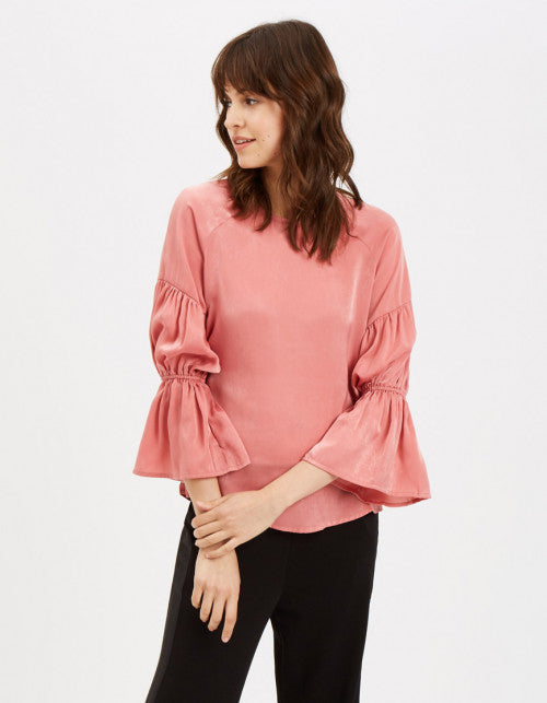 Traffic People The Sting Blouse in Pink Front View Image