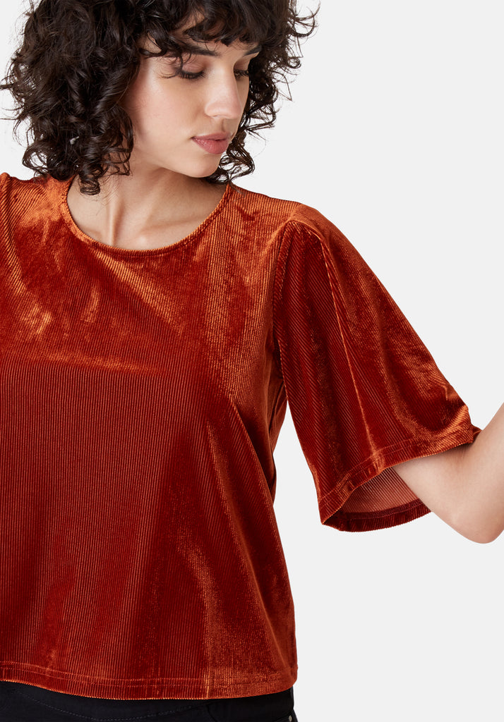 Traffic People Whisper Short Sleeve Top in Rust Brown Close Up Image