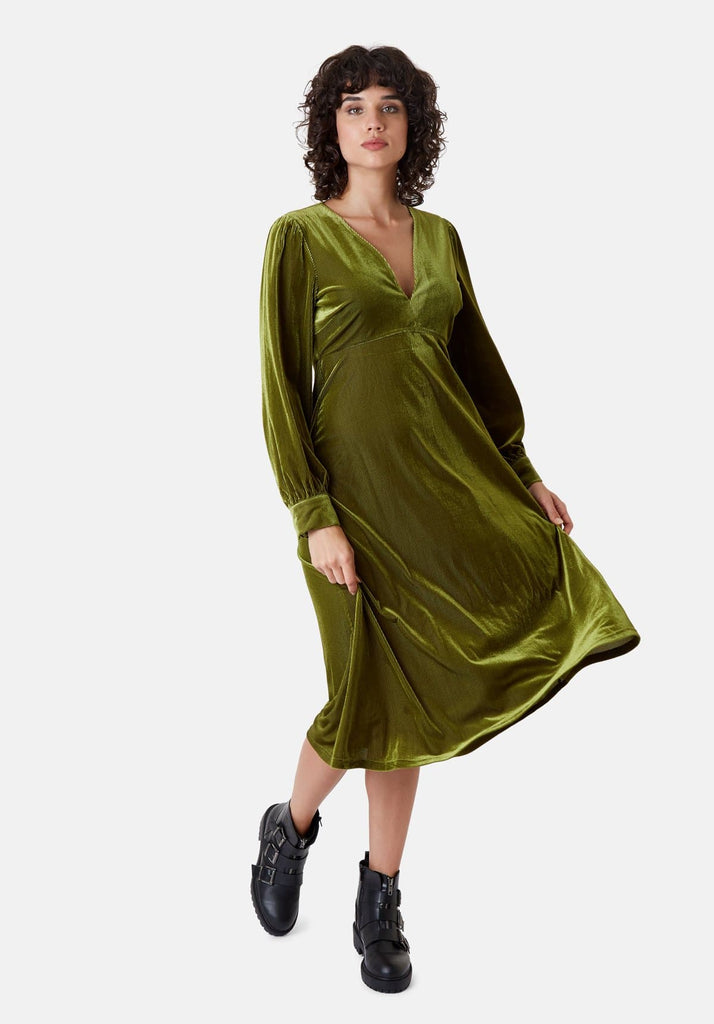 Traffic People Pulse Velvet Midi V-neck Dress in Green Front View Image