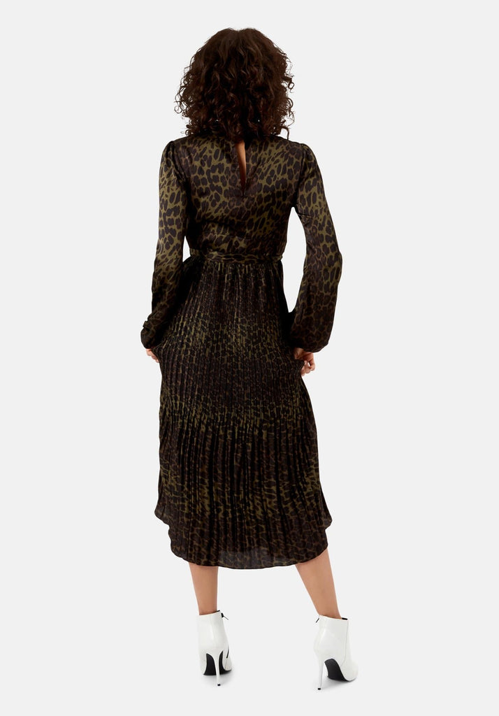 Traffic People Peephole Maxi Leopard Print Dress in Green Back View Image
