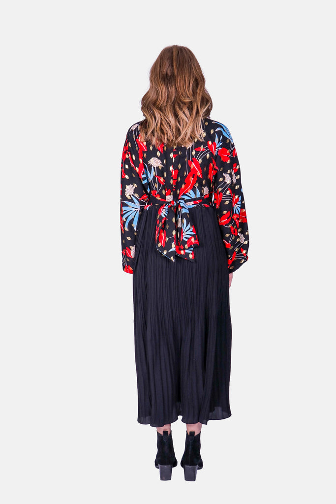 Traffic People Caution Long Sleeve Midi Dress in Black Floral Print Close Up Image