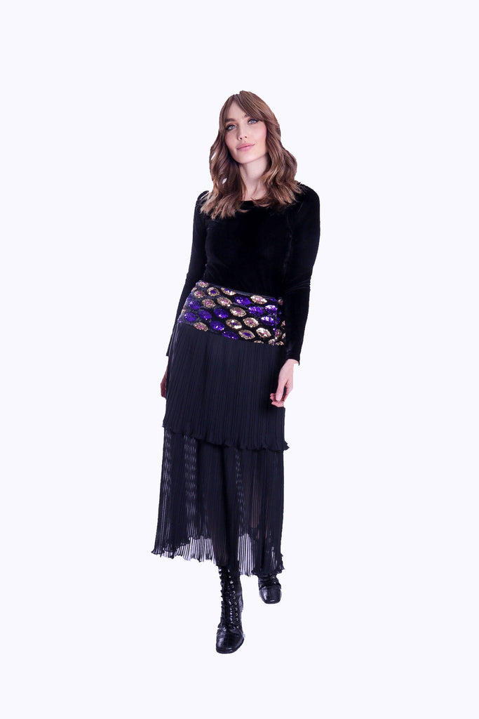 Traffic People Never Can Say Goodbye Tiered Pleated Midi Skirt in Black Front View Image