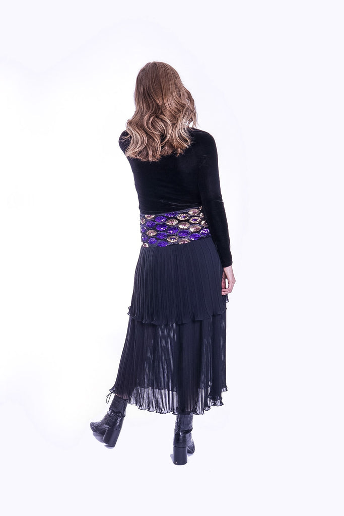 Traffic People Never Can Say Goodbye Tiered Pleated Midi Skirt in Black Side View Image