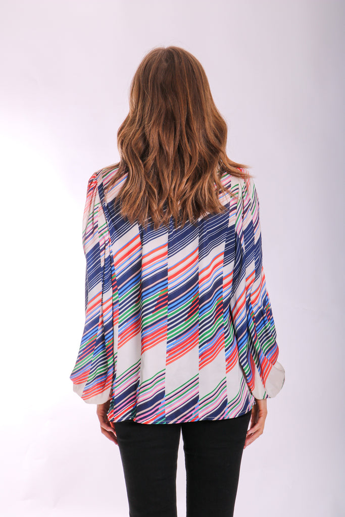 Traffic People V-neck Printed Mollie Top in Geometric Print Back View Image