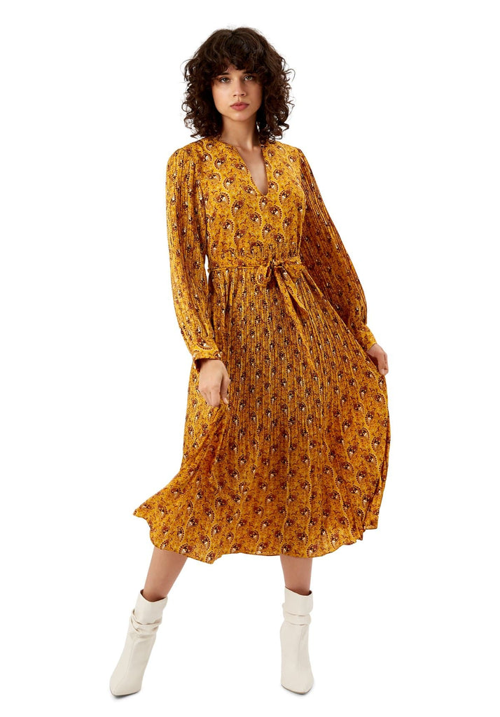 Traffic People Paisley Print Fallen Maxi Dress in Yellow Front View Image